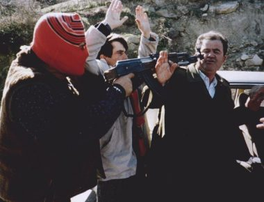 Rebelimet-ne-Shqiperine-e-vitit-1997-6-696x514-1