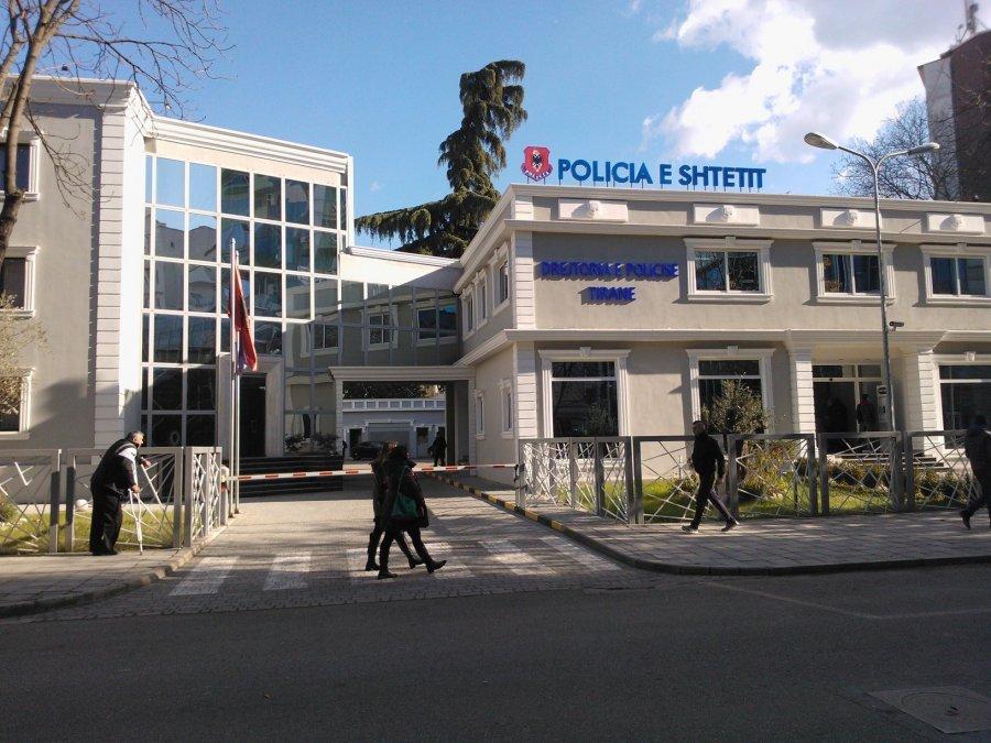 auto_policia-e-tiranes1486127438 (1)