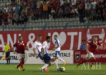 Nga-ndeshja-e-futbollit-Partizani-Teuta-Foto-Agim-Dobi1-370x264