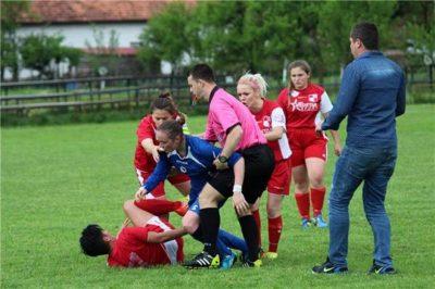women-football-fight-bosnia-2017_z3p64fmnjxqr1l6bs4ukko0o0