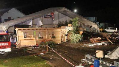 Stuhia e fuqishme shemb tendën  2 të vdekur dhe 120 të plagosur në Austri