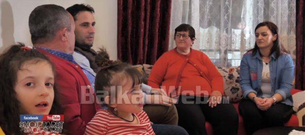 Familja Qe Dhuroi Shtepine