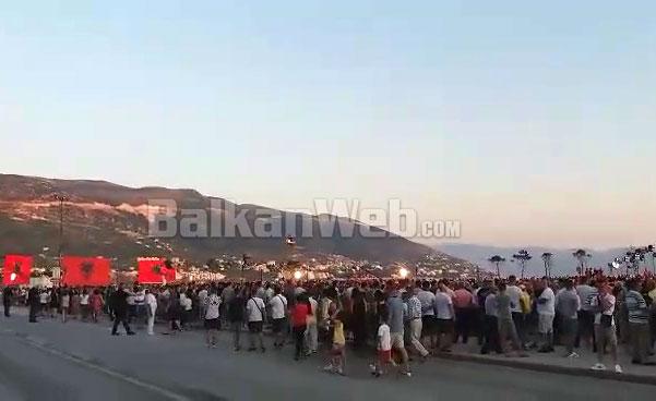 Edi Rama Ne Vlore Atmosfera
