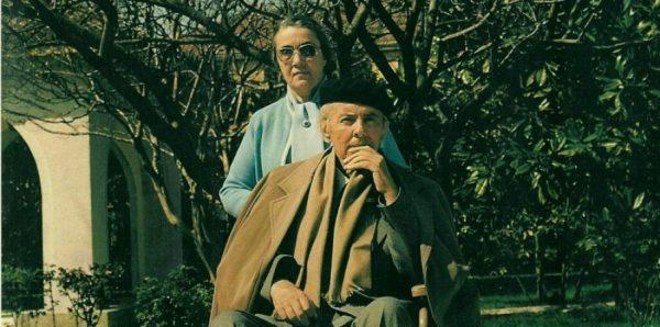 Nexhmije Hoxha Dhe Enver Hoxha