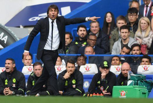 Antonio Conte Chelsea Bench
