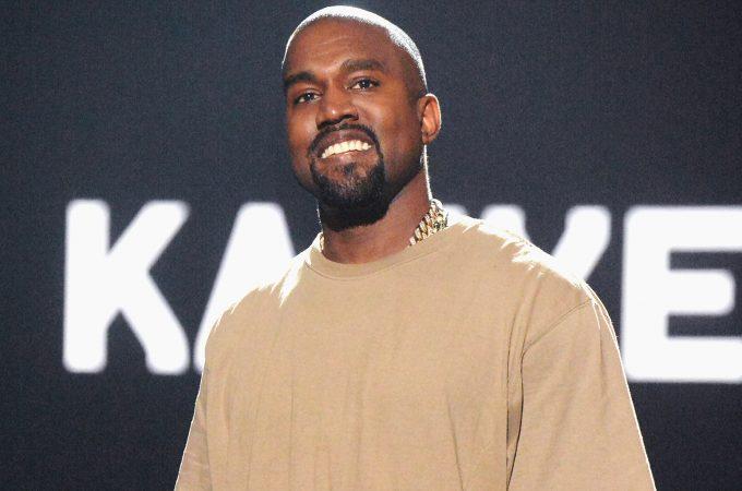 Kanye West 2015 A Billboard 1548