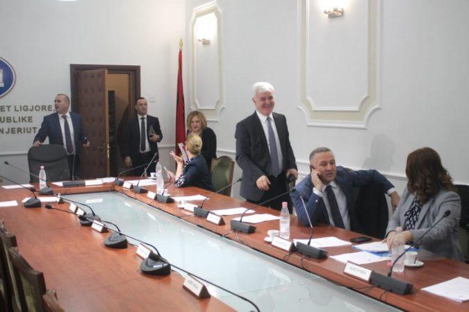 Xhafaj Fatmir Komisioni Ligjeve3 1024x683