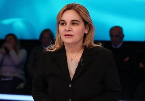 Kryemadhi  Jam kërcënuar  vajzën e largova nga Shqipëria