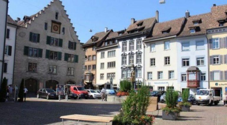 Auto Schaffhausen Altstadt Platz 730x440 650x3581547216402 (2)