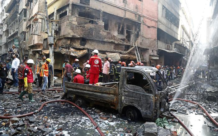 Death Toll From Old Dhaka Chemical Warehouse Fire Now 70