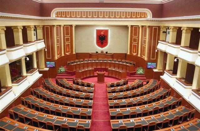 Parlamenti Salla Bosh