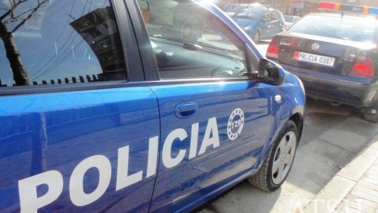 1529502013 Policiakruje