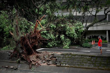Three Dead And Two Missing After Strong Storm In Rio De Janeiro