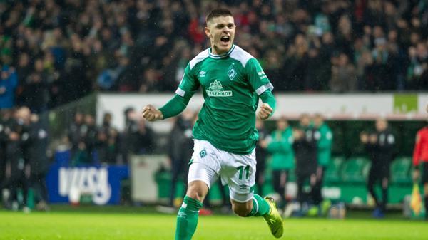 V Li Milot Rashica Sv Werder Bremen 11 Mit Torjubel Jubel Freude über Das Tor Zum 1 0 Die D