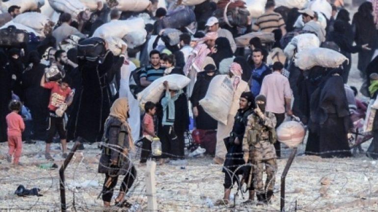 Isis I Kthen Mbrapsht Euml Refugjat Euml T Sirian Euml N Euml Kufi Me Turqin Euml Hd 780x439