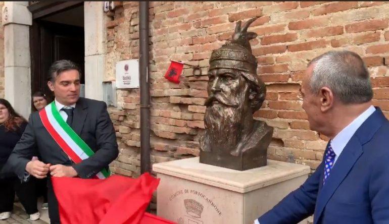 Skenderbeu Itali