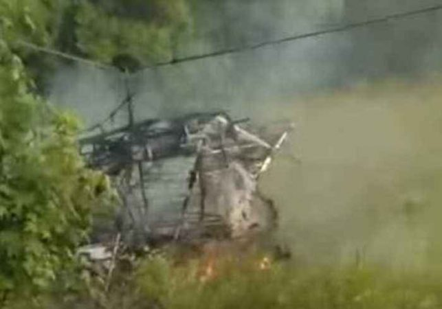 1558600226 Pilot Survives After Plane Crashes And Burns In
