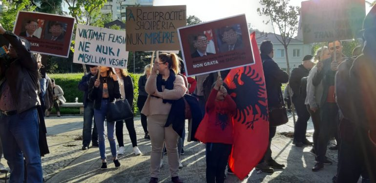 Protesta Tirane (1)