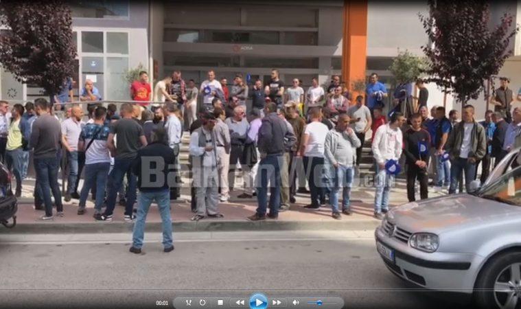 Fier Nsien Protestuesit
