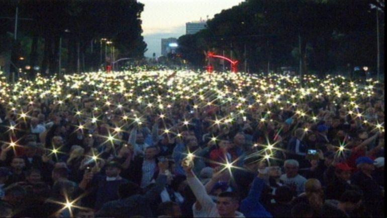 Protesta E Drites