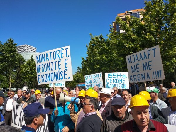 Proteste Minatoret (3)