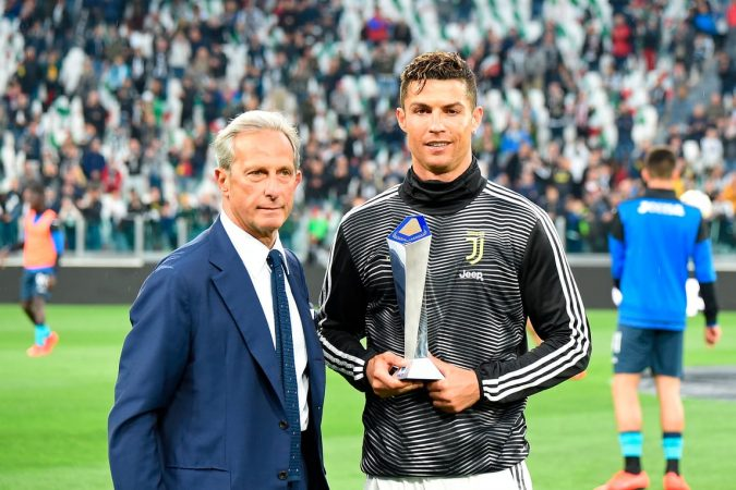 Ronaldo Lojtari Me I Mir