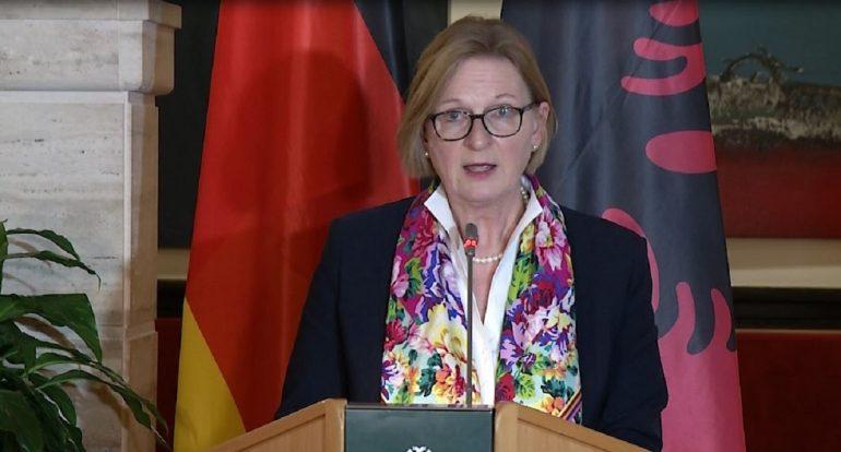 Susanne Schutz