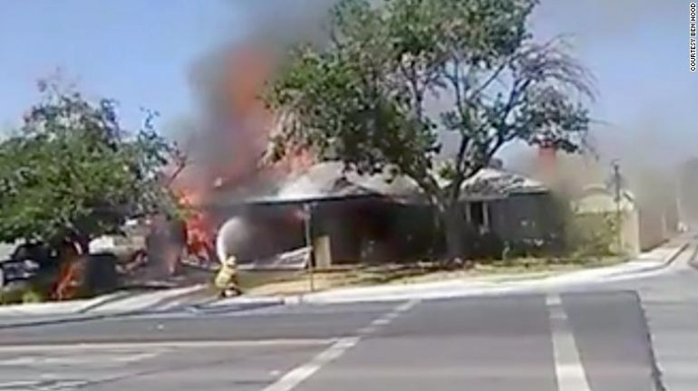 190704145839 California Earthquake House Fire 0704 Screengrab Exlarge 169 (1)