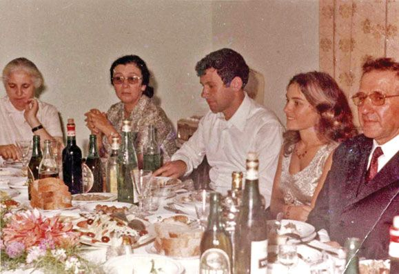 Mehmet Shehu Me Familjen