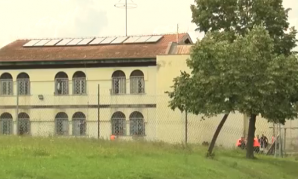 Burgu Lipjani1
