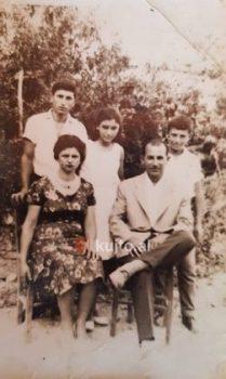 Sofia Me Familjen Në Greqi 251x420