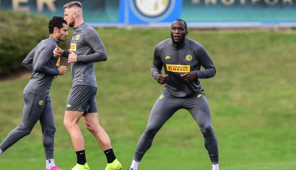 080473300 1571808155 20191023 Intip Pemain Inter Milan Latihan Jelang Lawan Dortmund 3