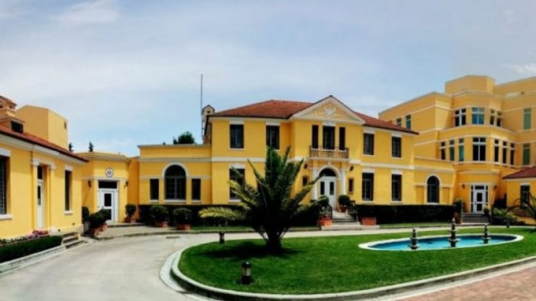 Ambasada1