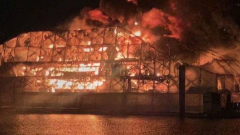 Https Cdn.cnn.com Cnnnext Dam Assets 191117121503 01 Ft Lauderdale Yacht Fire
